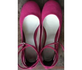 Giày da lộn phong cách mary jane cho chân xinh nào :X