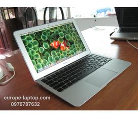Bán 1 laptop Macbook Air MC505 máy rất đẹp