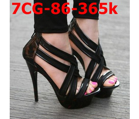 Topic3 giày cao gót, đế đúc đế xuồng, gót 15cm đủ cả nhé các nàng.