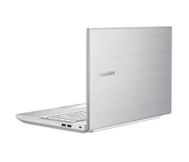 Samsung NP300v4z CORE I3 2350 Ram 2G HDD750 vỏ nhôm giá cực rẻ