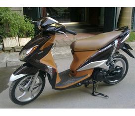 Cần bán Yamaha Luvias đký 2011 bks 30P6 Cc bán 16tr800 đi đc 5 nghìn km còn mới 99,9%