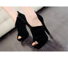 Giày cao gót cổ chữ V