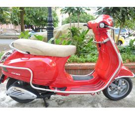 Bán Vespa LX 125cc nhập khẩu nguyên chiếc Italia,nữ đang sử dụng.mầu đỏ,biển 29X5.giá 44,5 triệu.có ảnh xe...
