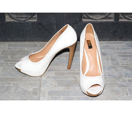Chuyên bán sỹ giày VNXK, Zara , Batta , Stradivarius , Next