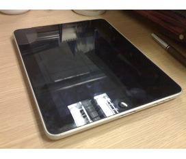 Cần bán ipad 1 32gb 3g giá hợp lý.Có ảnh thật