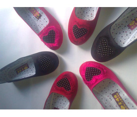 Giày xinh cho các girl nào :xxx