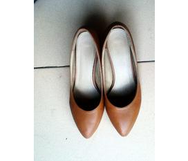 Giày đẹp giá siêu mềm