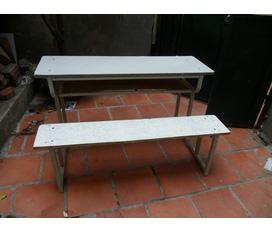 THANH LÝ BÀN HỌC SINH ĐỢT II : bán 45 bộ bàn liền ghế tựa lưng dành cho học sinh đây...giá rẻ giật mình chỉ 130k/1 bộ