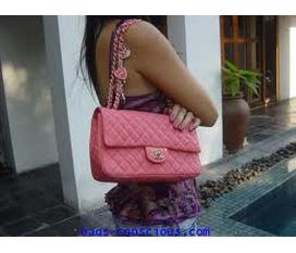 Chanel cls pink cực đẹp, cực rẻ new 100% mua tại shop LỌ LEM có cả hoá đơn giá 350k của em nó né