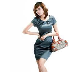 Thời trang đầm công sở và xuất khẩu