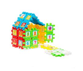 Cùng bé trổ tài sáng tạo với bộ xếp hình hình vuông diệu kỳ 88 chi tiết