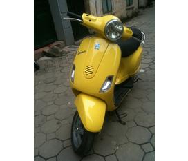 LX 125 Vespa Italy màu vàng biển 30F