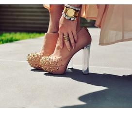 Tổng hợp những mẫu giày mới và hot nhất cho mùa thu đông năm 2012 dành cho các bạn trẻ