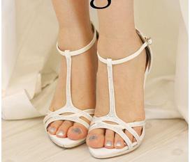 Giày cưới Hàn Quốc Cao Cấp mẫu mới nhất 2012