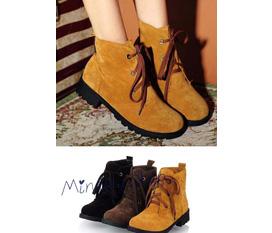 Rất nhiều loại boots: combat, retro, oxford, cao cổ, đinh tán và giày CỰC HOT với GIÁ CỰC COOL... siêu HẠT DẺ luôn nhé