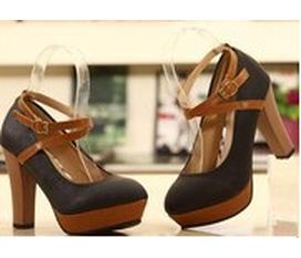 Topic 1: Liên tục update những mẫu giầy dép hè boot thu đông với giá cực hot và cực hấp dẫn