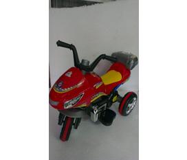 Cửa hàng đồ chơi Tuấn Huệ nhiều sản phẩm giảm giá hấp dẫn