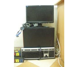 Thanh lý 4 bộ máy tính để bàn của văn phòng