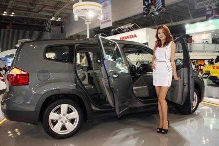 Thị trường ô tô tháng 09 năm 2013, giảm giá lớn nhất Miền Bắc Ảnh số 20314156