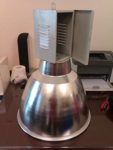 ĐÈN NHÀ XƯỞNG. ĐÈN SÂN CẦU LÔNG. Bán bộ đèn highbay chiếu sáng cho nhà xưởng, sân cầu lông Ảnh số 28059815