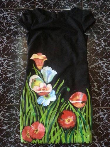 Váy vẽ tay bằng sơn dầu bền đẹp , sang trọng vì kog có tg mở shop mình bán hàng ở nhà ,không mất phí gì cả nên giá rẻ Ảnh số 29843840
