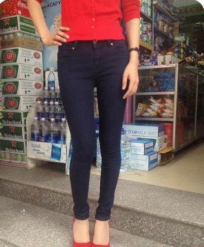 Jeans Vnxk ,Jeans rách , cạp đúc , cạp cao , skinny jeans với mẫu mã đẹp và chất lượng hợp lý.đồng giá 270.000đ Ảnh số 29968090