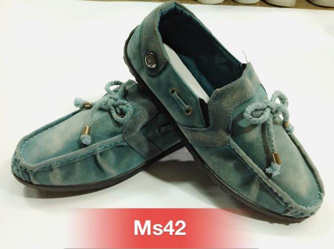 Giày đẹp giá rẻ những mẫu hot nhất Ảnh số 30097564