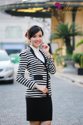 Rất nhiều những mẫu áo dạ, mẫu đầm, áo vest,....hàng Việt Nam kiểu dáng độc đáo, thời trang nhất năm 2013 Ảnh số 30409642