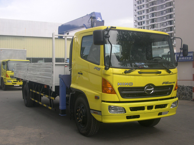 Giá bán xe tải hino gắn cẩu 15 tấn 16 tấn = Bán xe tải hino FL 3 chân hino gắn cẩu 3 khúc 4 khúc