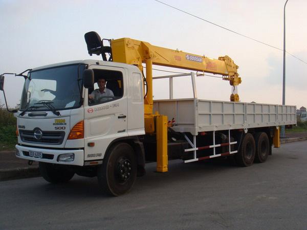 Đại lý bán xe cẩu tự hành Hino FM 15 tấn gắn cẩu Soosan SCS1015LS có sức nâng 12 tấn mới 100 đời 2014 giá rẻ nhất Ảnh số 31601633