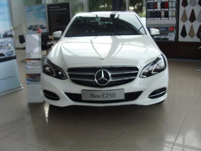 Giá Xe Mercedes E200 Mercedes E250 Mercedes E400 Mercedes E400 AMG ...