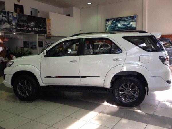TOYOTA LÝ THƯỜNG KIỆT chuyên bán các loại xe Toyota: Camry, Altis, Vios, Fortuner, Innova,... Ảnh số 32387612