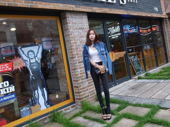 Áo khoác jean nữ, sơ mi jean nữ form đẹp, giá rẻ Ảnh số 32806196