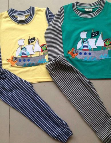 Bán buôn số lượng lớn quần áo trẻ em made in Việt Nam xuất khẩu, nội địa. Hàng thu đông 2014 về nhiều mẫu Ảnh số 32816409