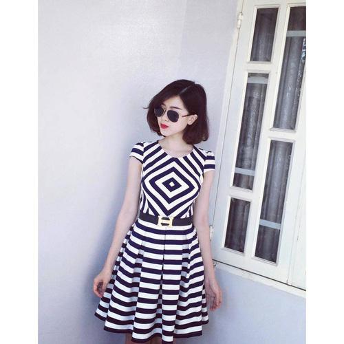 Xinh Lung Linh với cực nhìu Style Váy, Chân Váy, Maxi, Sơ mi, Jean, Pull. Các bạn ủng hộ m nhé. Ảnh số 32966295
