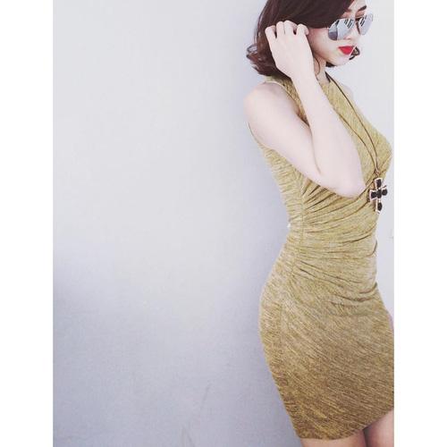 Xinh Lung Linh với cực nhìu Style Váy, Chân Váy, Maxi, Sơ mi, Jean, Pull. Các bạn ủng hộ m nhé. Ảnh số 33316871