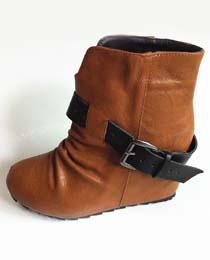 GIÀY BỆT tồng hợp các kiểu giày được yêu thích nhất năm 2014 Ảnh số 32149142