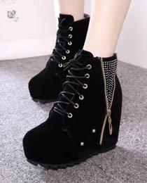 GIÀY BỆT tồng hợp các kiểu giày được yêu thích nhất năm 2014 Ảnh số 32149472