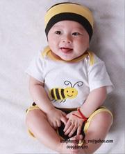 Ảnh số 78: bộ liền sơ sinh con ong gồm áo body kiền + quần + mũ - Giá: 190.000