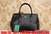 nh s 68: TI PRADA TOTE SUPER FAKE 2012  (gi theo s t trn(ch  gi)  bit gi. - Gi: 912.245.244