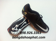 Ảnh số 57: Giầy đá bóng Nike Euro 2012 đế AG - Giá: 450.000