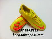 Ảnh số 58: Giầy đá bóng Nike Euro 2012 đế AG - Giá: 450.000
