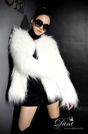 Ảnh số 34: Áo lông trắng dáng dài - Giá: 1.300.000
