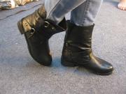 Ảnh số 30: giầy cao cổ - Giá: 280.000