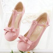 Ảnh số 13: Giày búp bê nơ có dây dọc màu hồng - Giá: 320.000