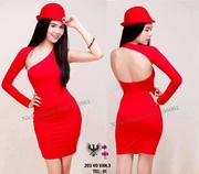 Ảnh số 13: Đầm đỏ 1 tay lệch vai xẻ ngực - Giá: 400.000