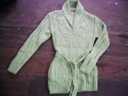 Ảnh số 14: Áo len khoác nữ dág dài màu cốm - Giá 75k - Giá: 75.000