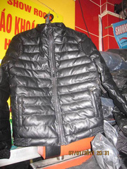 Ảnh số 96: Áo khoác nam phao body hongkong,bán sỉ thiên long 50 hàng gà - Giá: 350.000