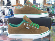 nh s 21: Vans 01 - Gi: 350.000