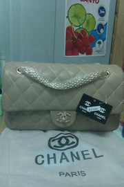 nh s 37: chanel maxi - Gi: 760.000